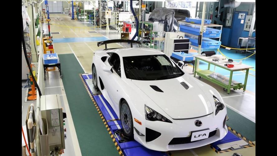 Lexus produz última unidade do superesportivo LFA