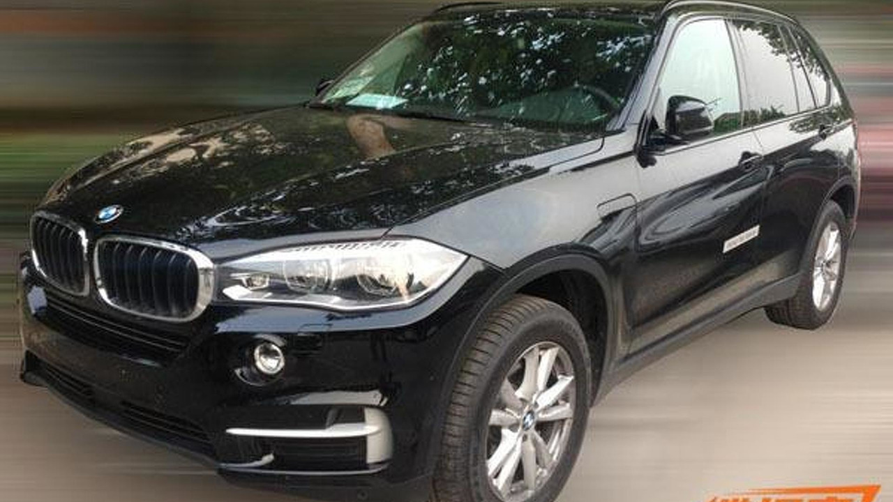 Production-ready BMW X5 eDrive spy photo