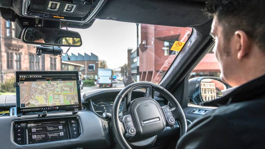Jaguar Land Rover começa a testar autônomos nas ruas do Reino Unido