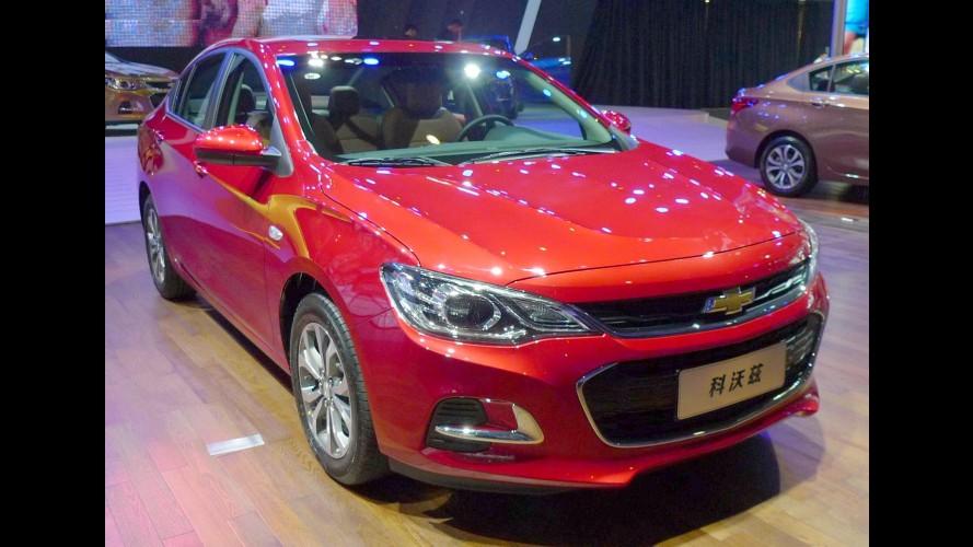 Baseado no Cruze antigo, Chevrolet Cavalier estreia como sedã
