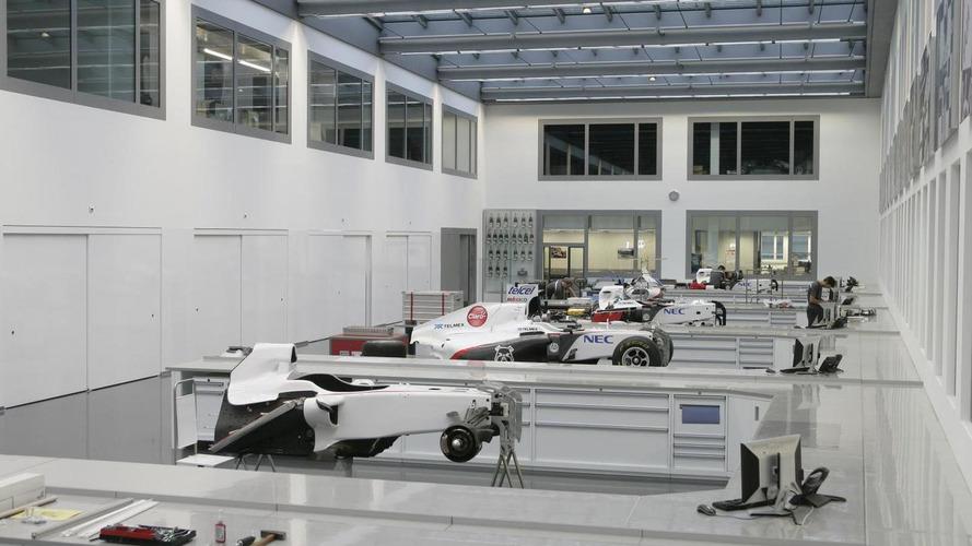 Maldonado visits Sauber's Hinwil base - report