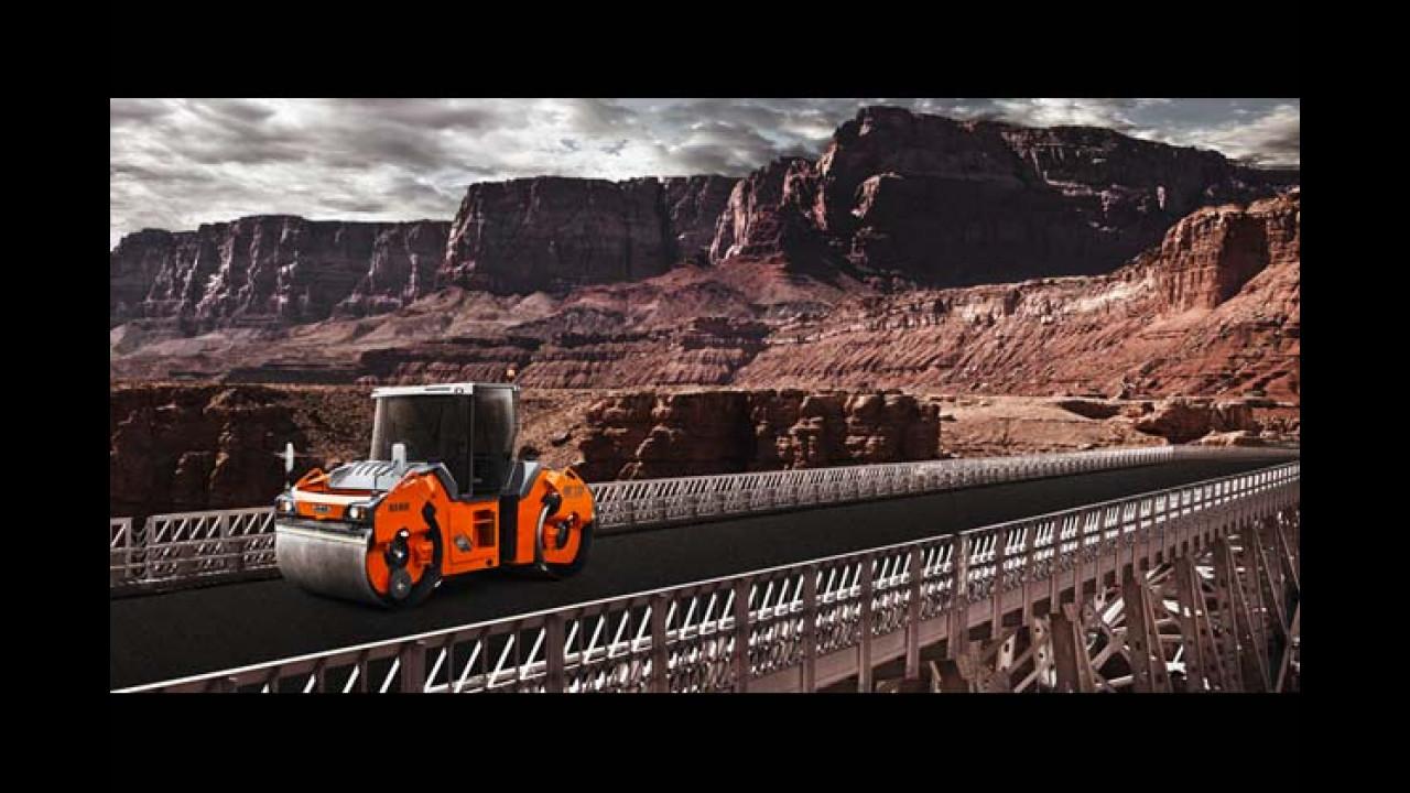 April: Hamm HD+ 120 Walze (Grand Canyon, USA)
