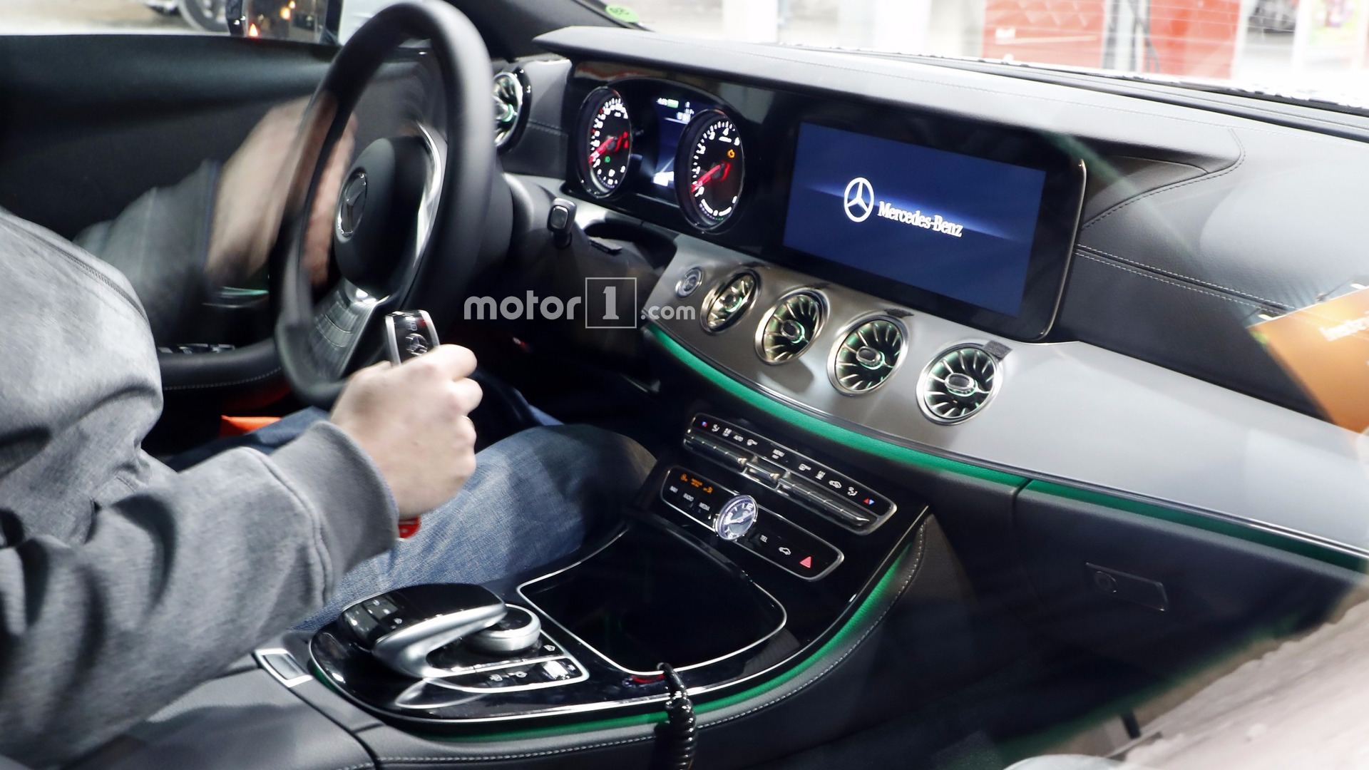 gas cars with 2018 Mercedes Cls Interior Spy on 2018 Mercedes Cls Interior Spy additionally Index further Istanbul  Turkey together with Detail 2018 Toyota Camry Xle automatic New 16663261 moreover LEGO 7993 Benzinestation.