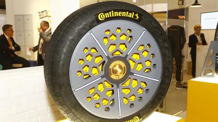 Continental mostra pneu que percebe furos e ajusta pressão e largura