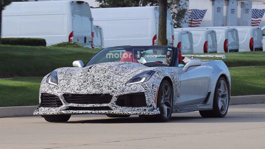 2018 Chevrolet Corvette ZR1 Convertible casus fotoğrafları