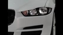 Salão SP: Jaguar mostra novo XE, que chega em 2015