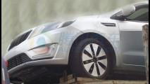 Site chinês flagra o novo Kia Rio Sedan sem disfarces