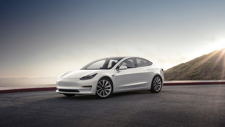 Tesla Model 3'ün yeni detayları ortaya çıktı