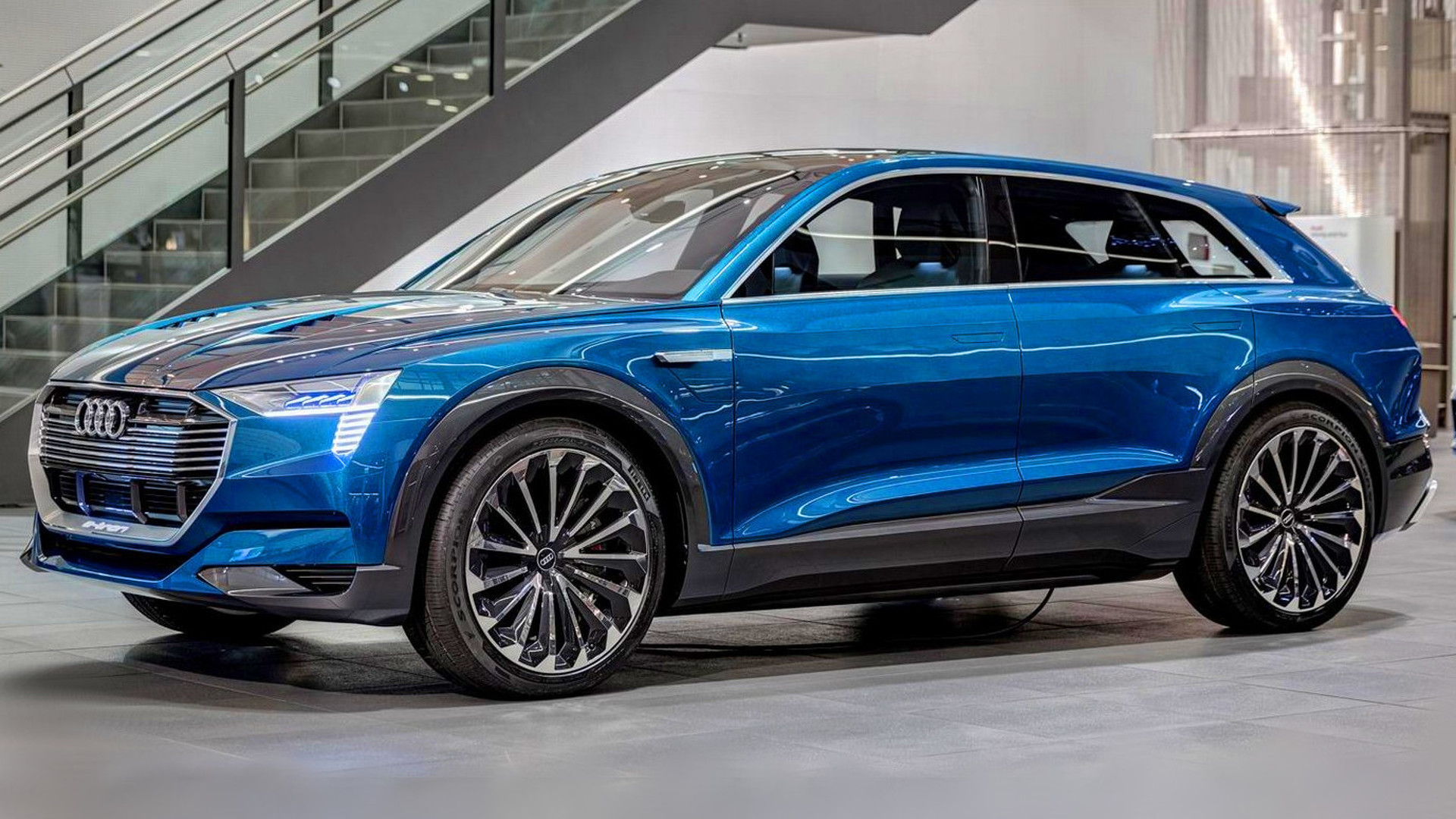 Audi Opens Reservations For E Tron Quattro Arrives 2018