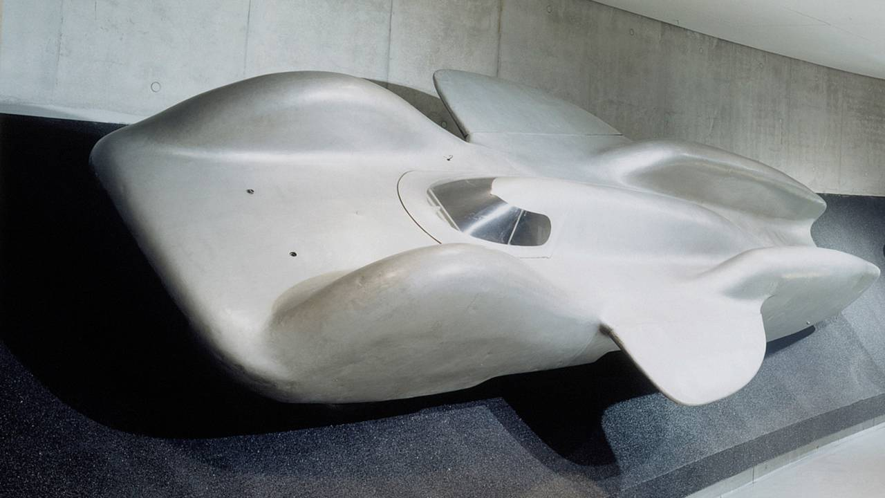 Mercedes looks back at the t80 world record project vehicle for Mercedes benz worldwide