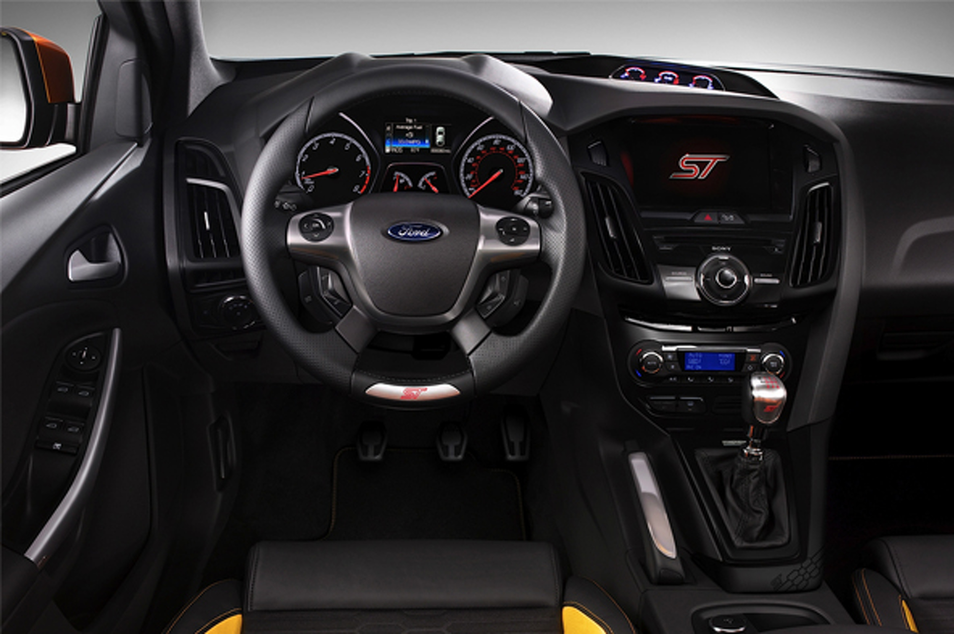 When Test Driving Is Not Enough: Ford Inviting Public to Race '13 Focus ST
