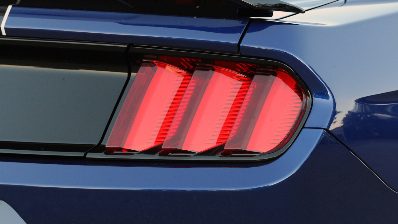 Sign And Drive Lease Deals >> 2018 Shelby Mustang GT350 to get a splash of color