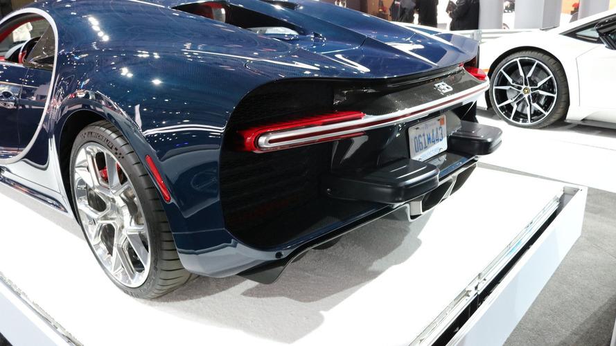 L'arrière de la Bugatti Chiron défiguré par les normes américaines