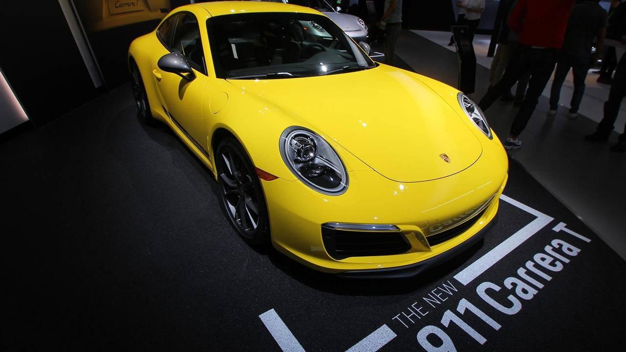 Porsche 911 Carrera T Live Photos