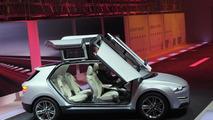 Italdesign Giugiaro Clipper concept live in Geneva