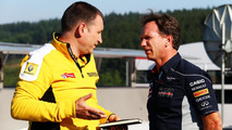 Renault Sport technical director Rob White with Red Bull team principal Christian Horner 23.08.2013 Belgian Grand Prix