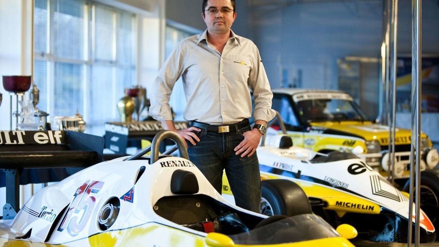 Boullier confirmed as new Renault team boss