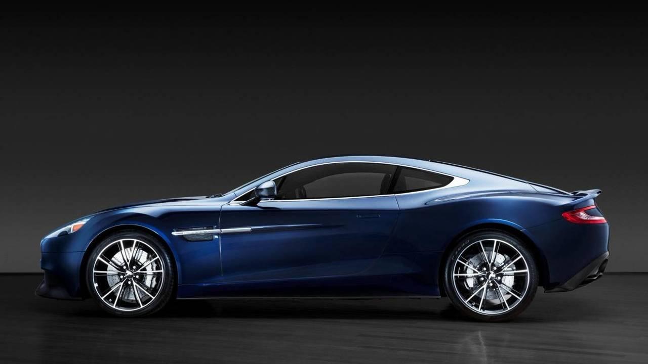 Daniel Craig Aston Martin Vanquish