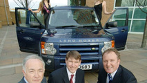 Land Rover Discovery Tops Polls in AXA Car of the Year