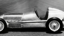 Mercedes W25 F1 car 1934 supercharged
