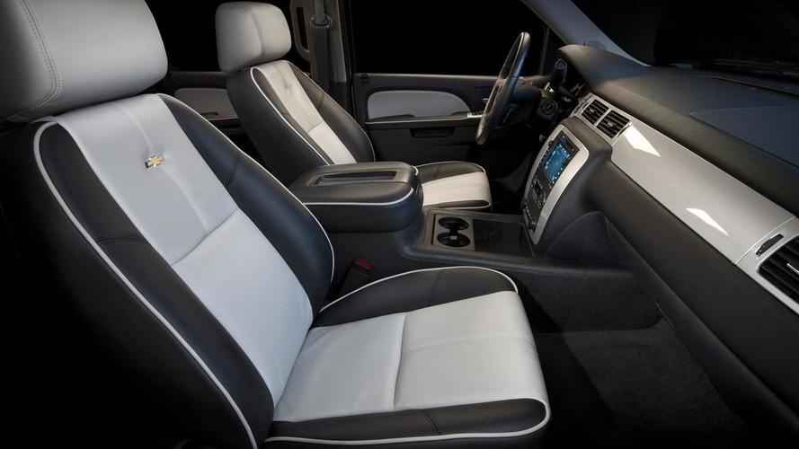 Chevrolet unveils two Silverado HDs at SEMA