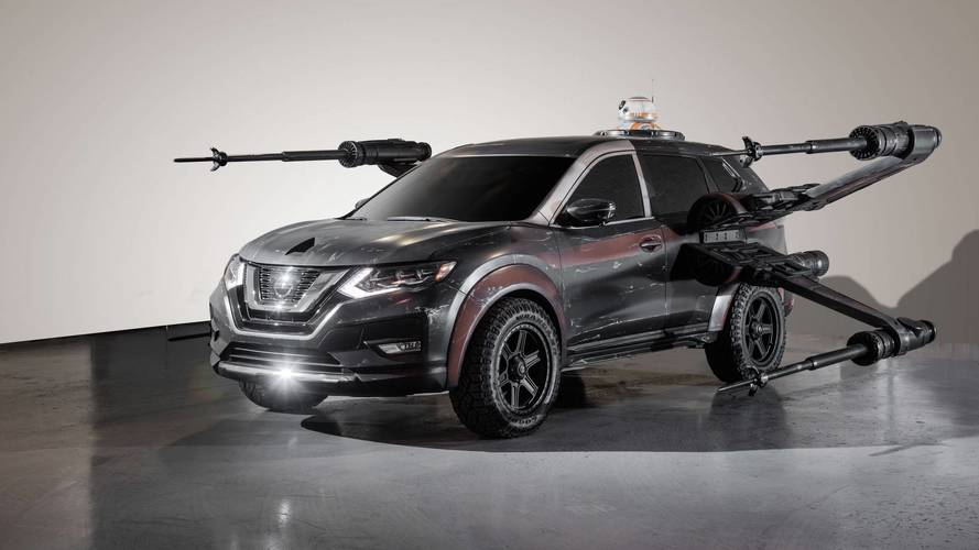 2018 Nissan Rogue Poe Dameron's X-wing with BB-8