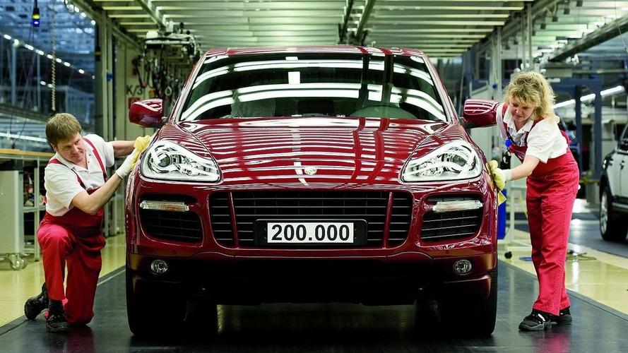 Porsche Builds 200,000 Cayennes