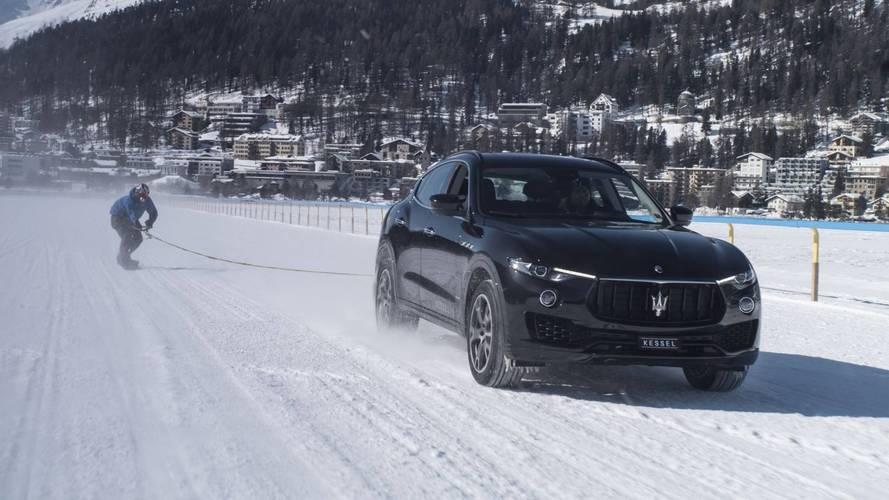 151-gyel húzta a snowboardost a Maserati Levante – új világrekord