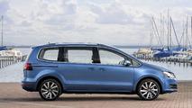 VW Sharan 2016 perfil azul