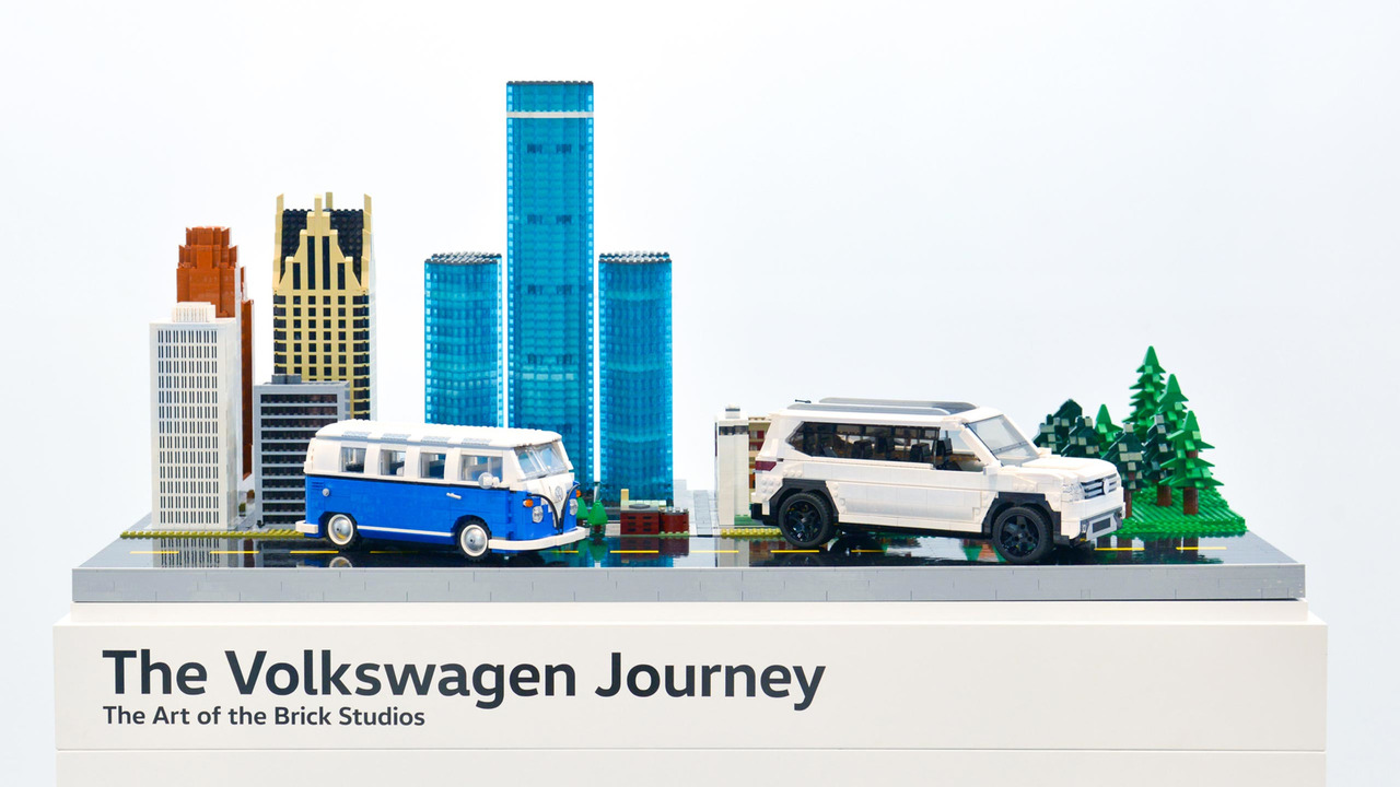 Vw plays with lego at chicago auto show for Brick city motors reviews