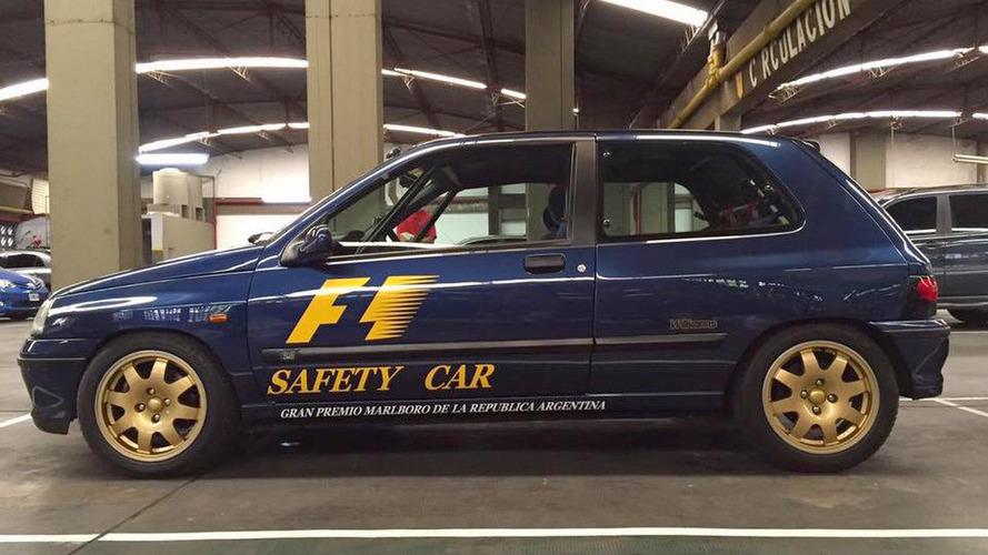 Renault Clio Williams, safety car da F1 Argentina, está à venda