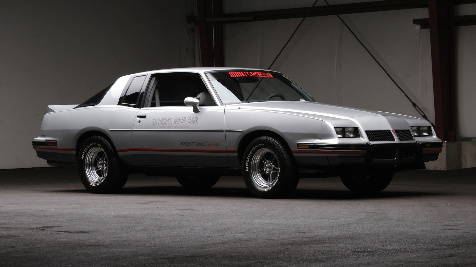 Chevrolet Monte Carlo 2015 >> 8 Best Muscle Cars of the '80s