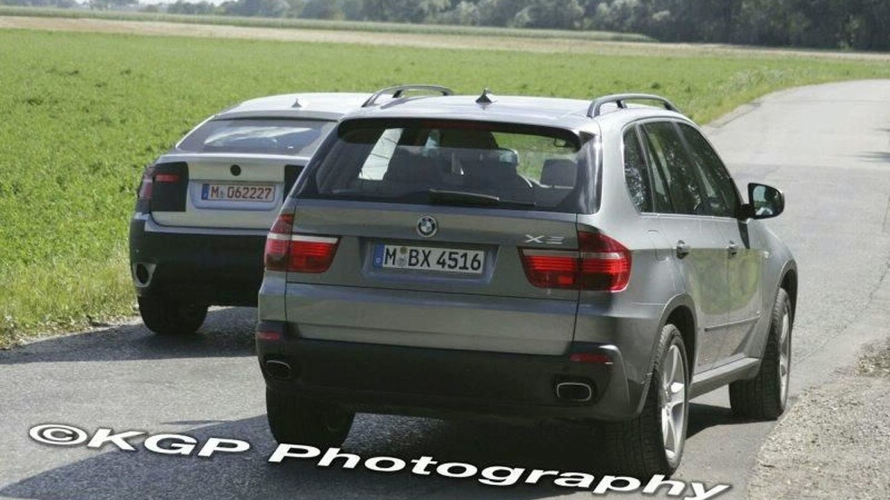 New BMW X6 Standing Next to X5 Spy Photos