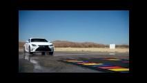 LEXUS RC 350F Sport ile rengarenk bir sürüş