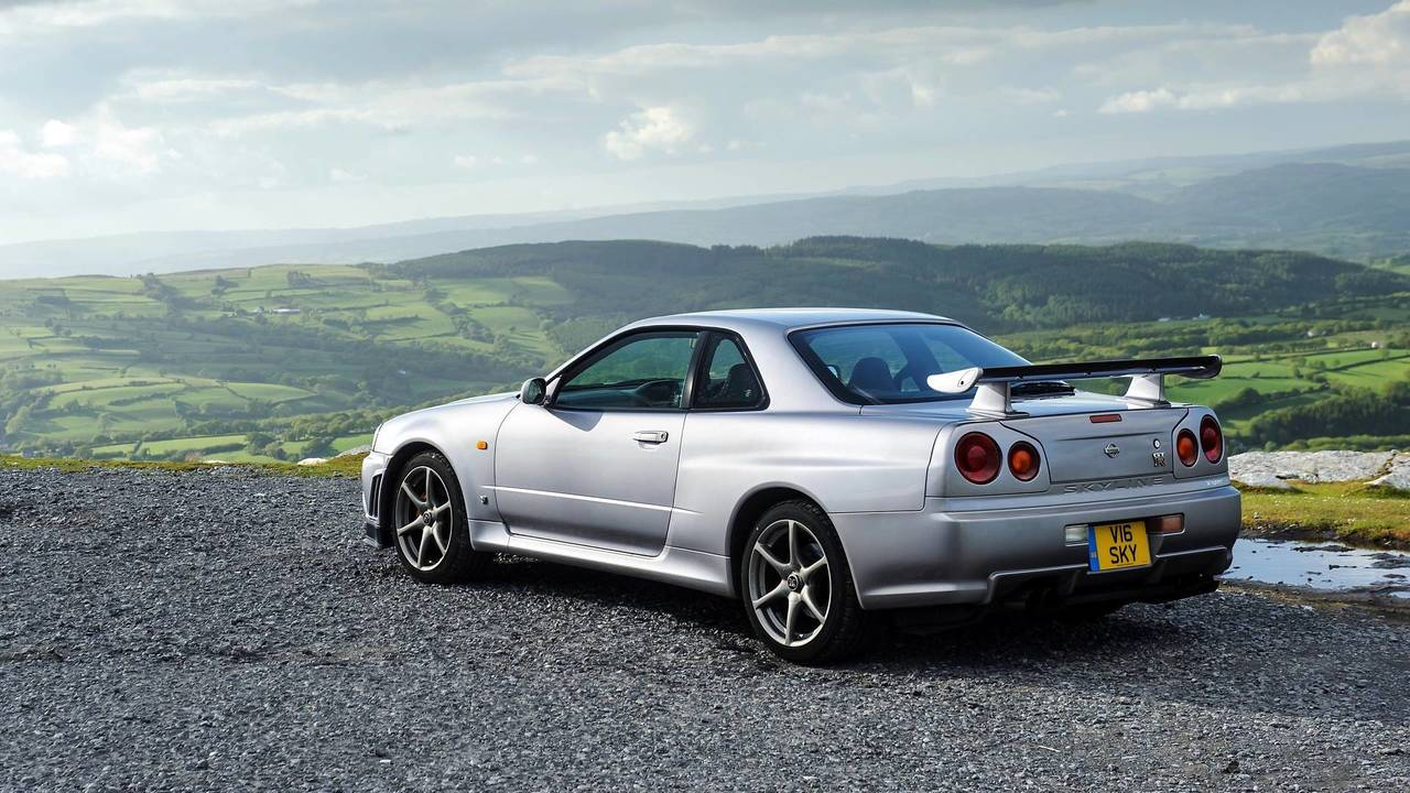 Everything You Need To Know About The Nissan Skyline