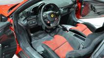Ferrari 458 Speciale revs its V8 engine at Fiorano circuit [video]