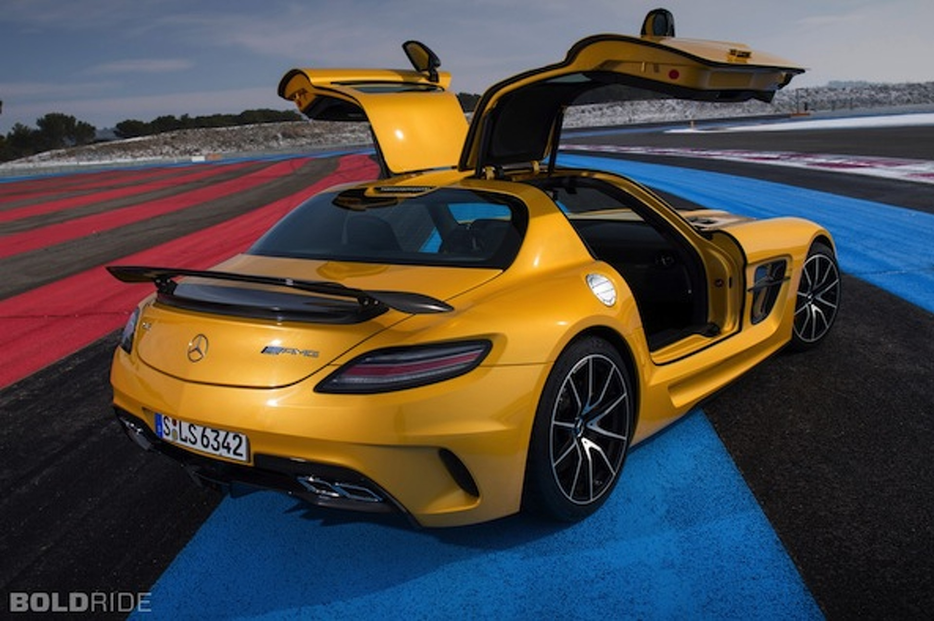 Mercedes SLS AMG to Say its Final Goodbye in LA