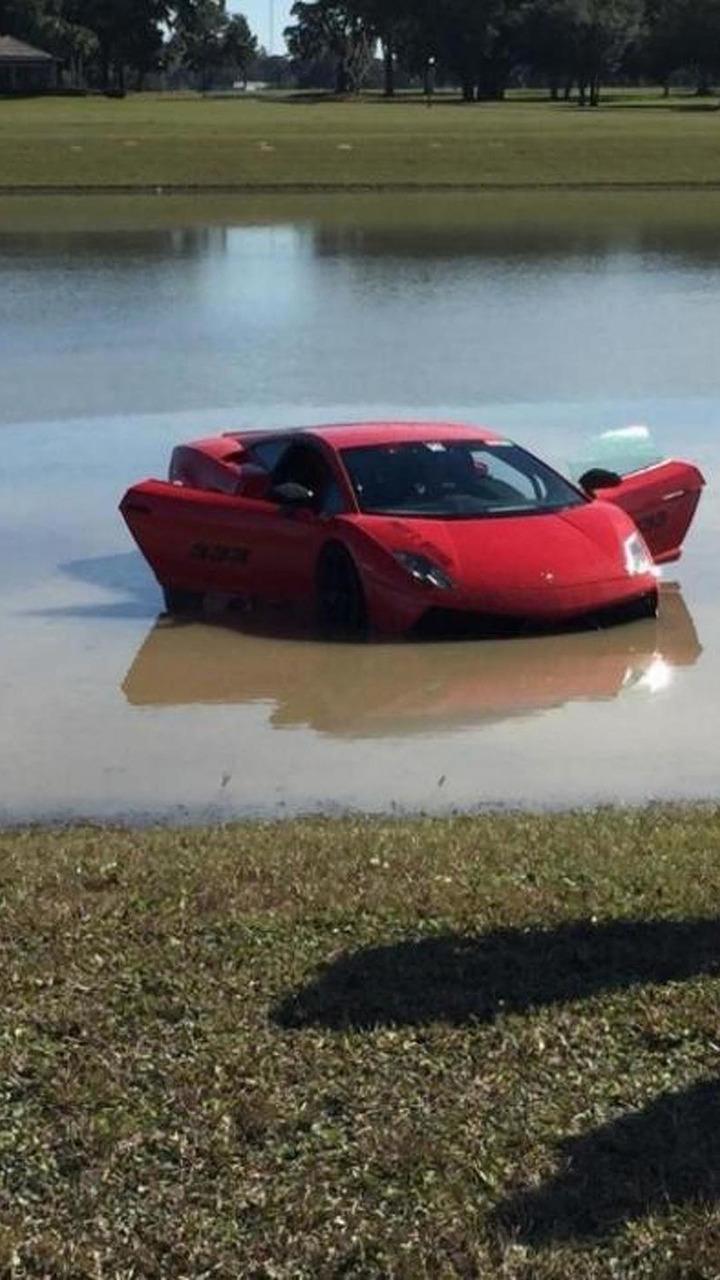 Lamborghini Gallardo crash