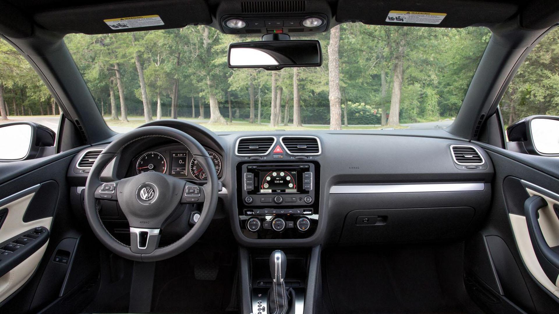 Фото салона Volkswagen Eos Final Edition