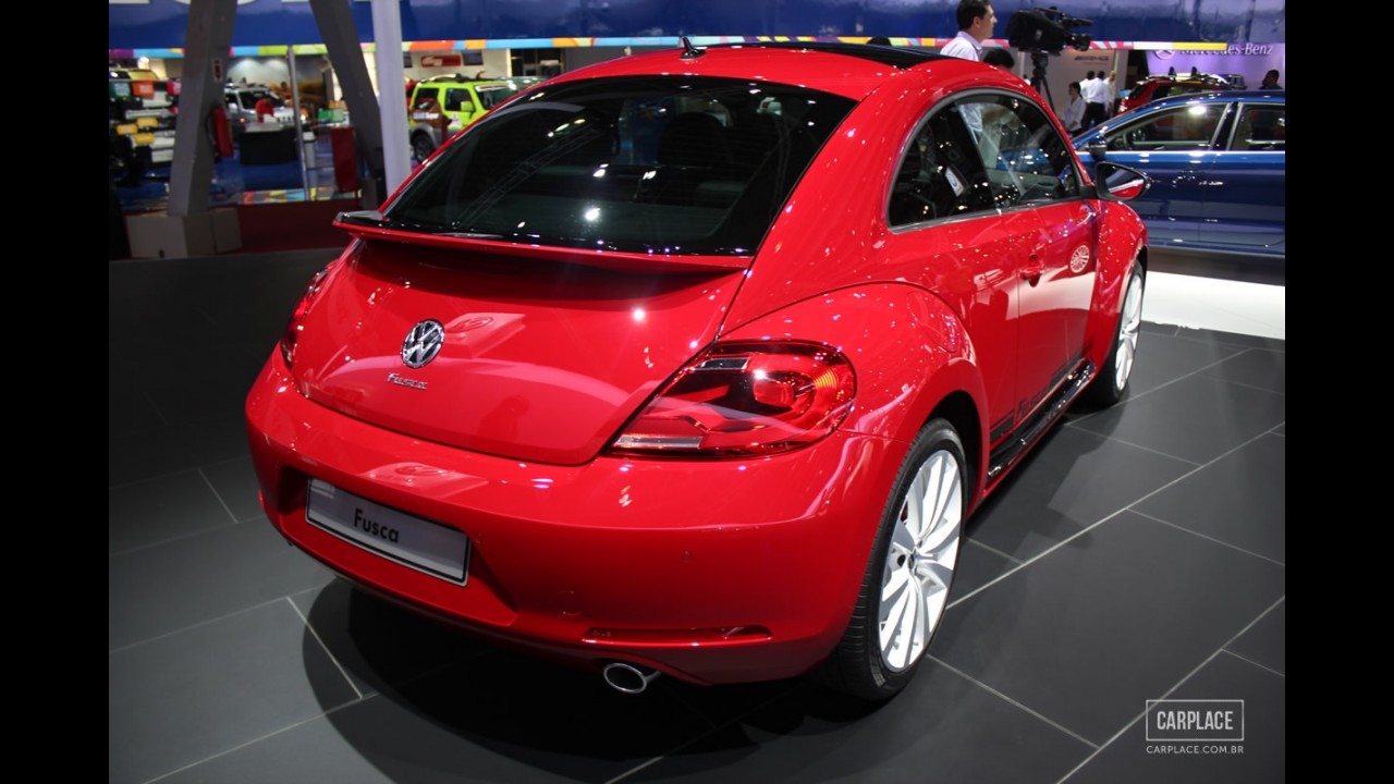 """Salão do Automóvel: por R$ 76.600, novo VW Fusca de 200 cv será o """"Porsche do povo"""" - versão DSG custará R$ 80.990"""