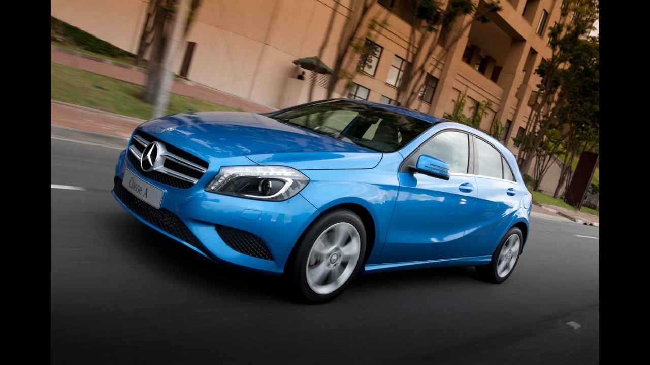 Flagra: Mercedes Classe A é visto em versão reestilizada