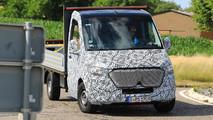 Mercedes-Benz Sprinter Spy Shots