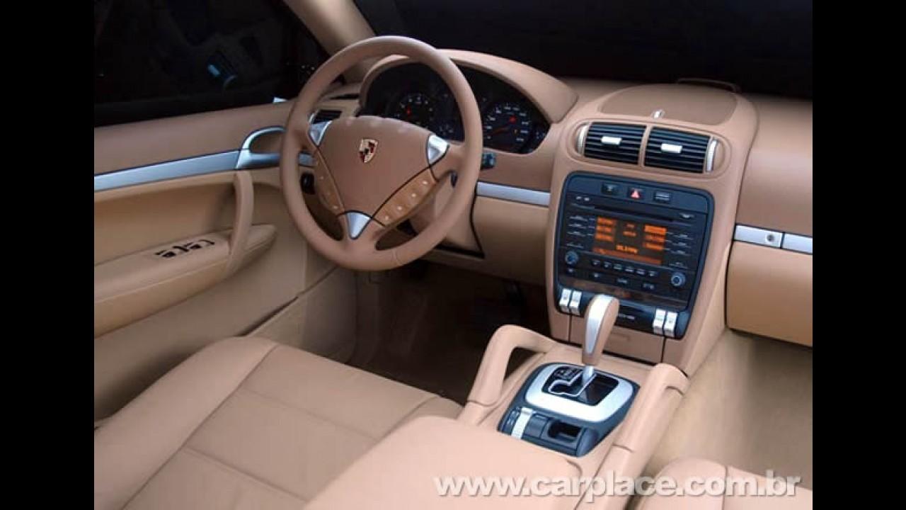 Porsche Cayenne Sport com motor V6 chega ao Brasil por R$ 249 mil