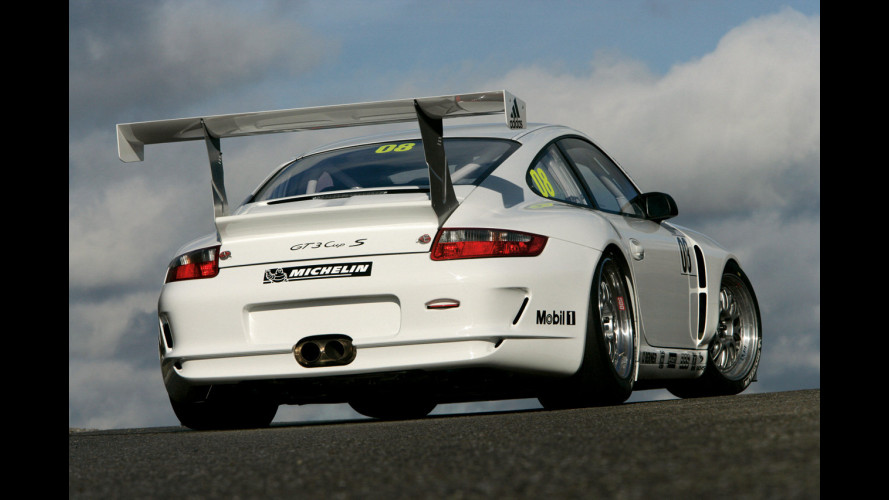 Porsche 911 GT3 RS o RSR stradale?