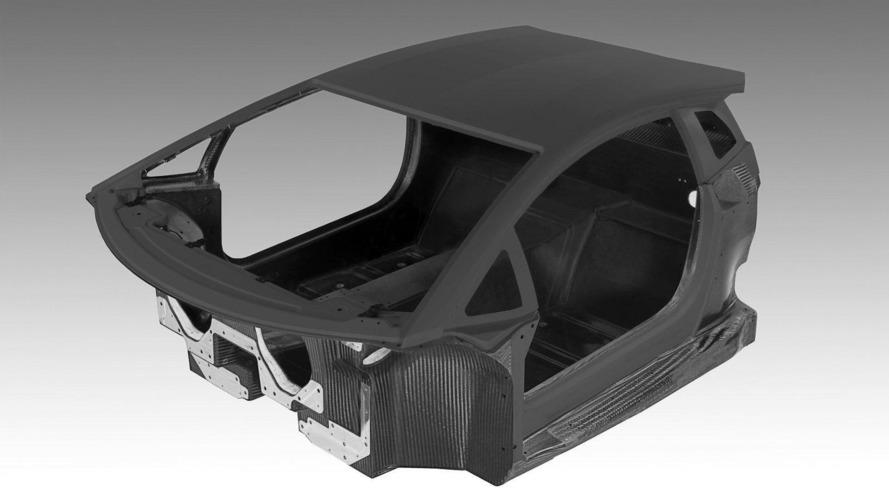 Lamborghini Aventador LP700-4 assembled in small room [video]