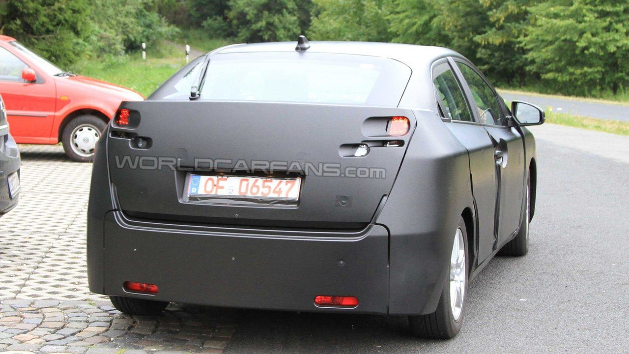 Next generation 2012 Honda Civic 5-door first spy photos 22.07.2010
