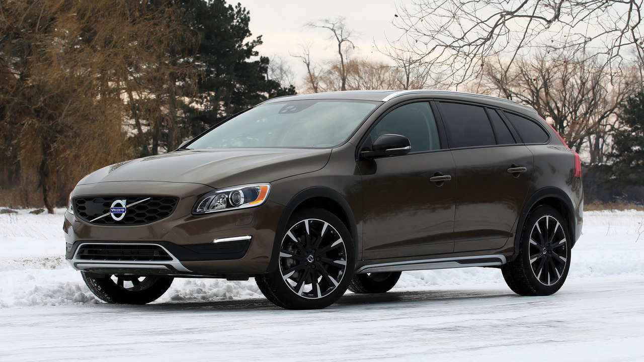 2017 volvo v60 cross country photo. Black Bedroom Furniture Sets. Home Design Ideas