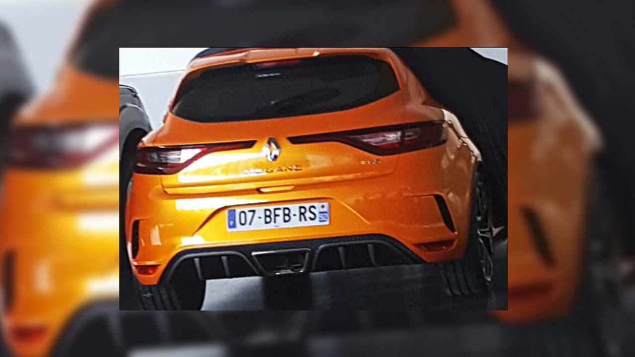 renault megane rs leaked images photos. Black Bedroom Furniture Sets. Home Design Ideas