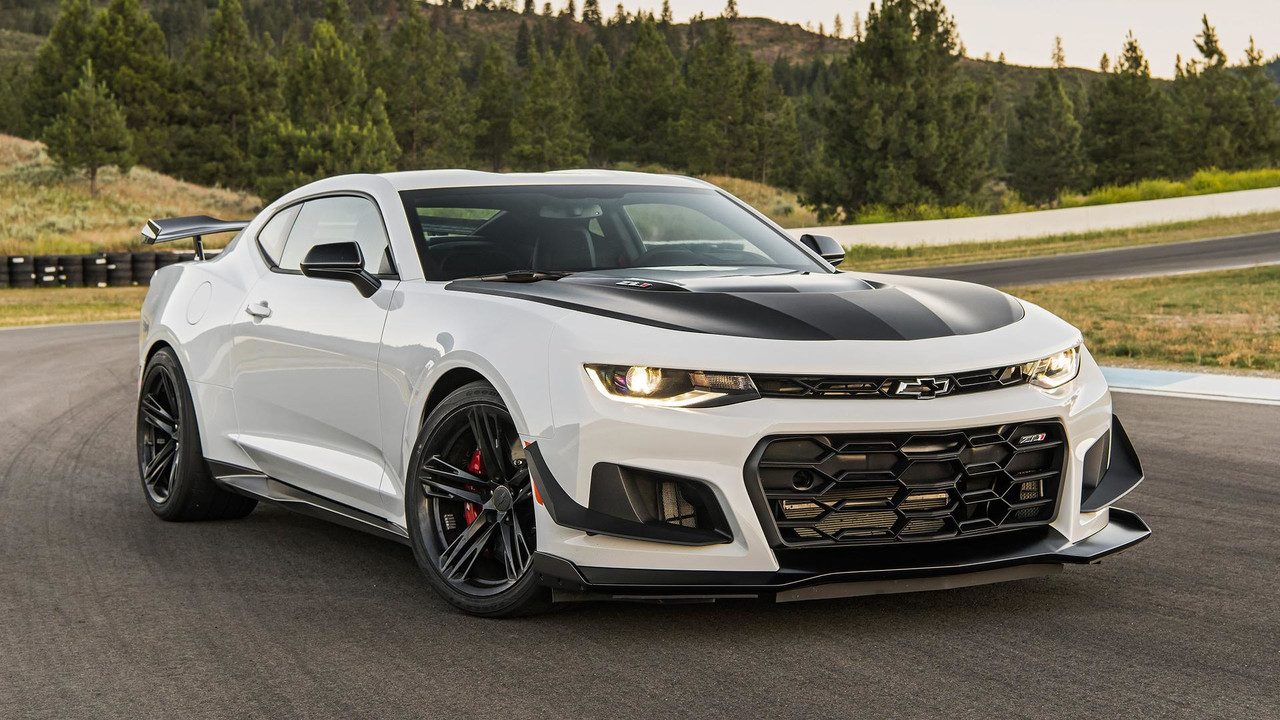 Hellcat 2018 Chevy Camaro >> 2018 Chevy Camaro ZL1 1LE First Drive: Best Of The Breed