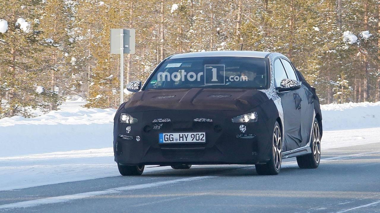 Hyundai i30 N Fastback casus fotoğrafları